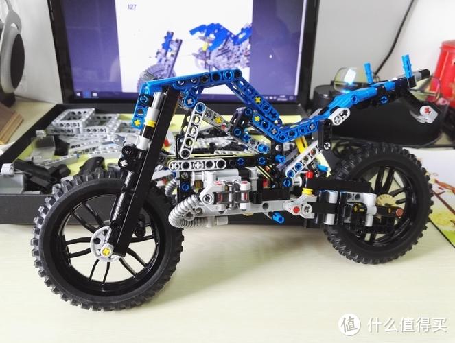 我的乐高拼砌初体验-LEGO乐高42063宝马摩星型联轴器图纸图片