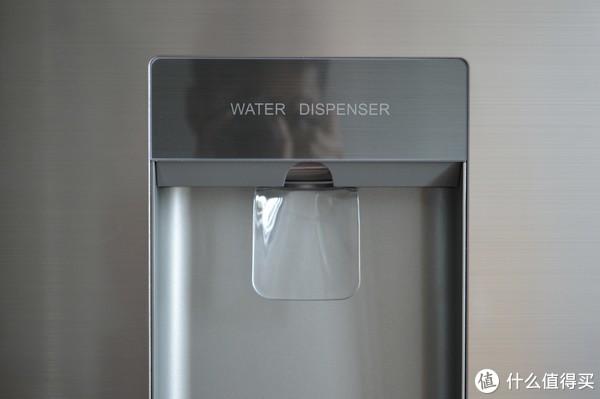 可以自己调温度,也可以采用智能化模式,定期可以让冰箱进行自我净化.图片