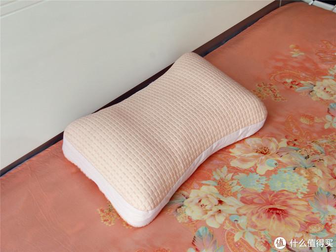 众测体验 菠萝斑马快眠枕 独特的新型填充材料给我惊喜