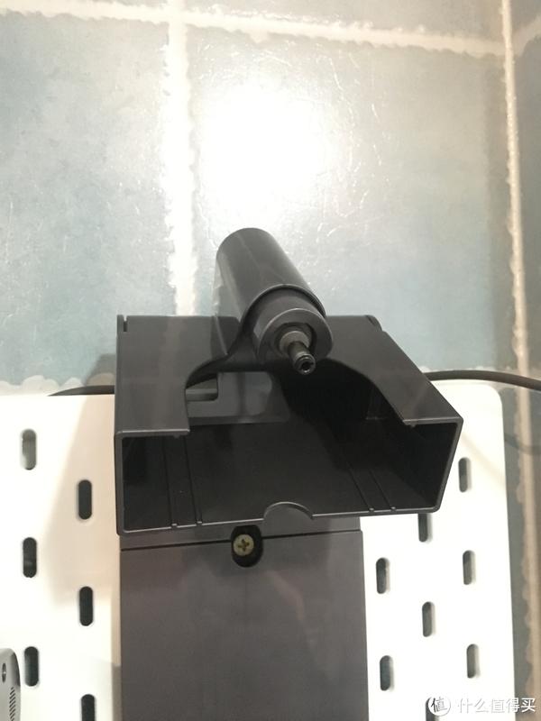 dyson支架的充电插头,原配的无需担心安装问题,只要考虑挂架和洞洞板图片