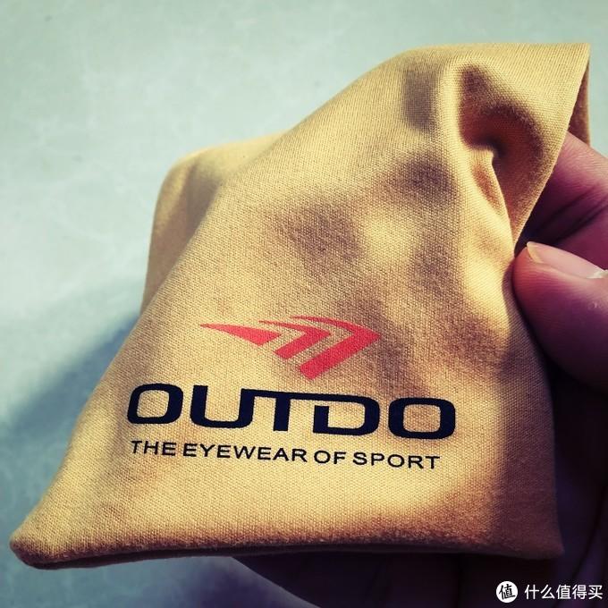戴上它你就是这条gai上最靓的仔——高特运动太阳镜体验