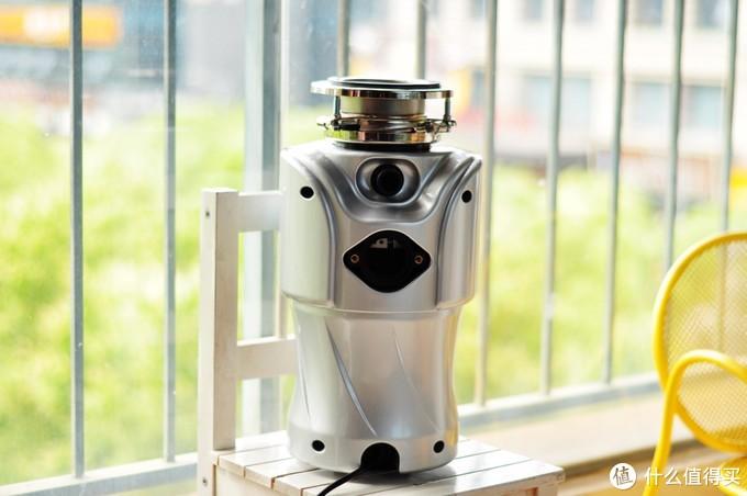 精致厨房好帮手,贝克巴斯LCE100厨房垃圾处理器使用评测