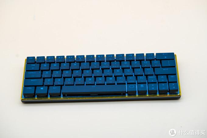 后机械键盘时代可以装进口袋的红樱桃——酷冷至尊 SK621 Cherry MX矮轴RGB机械键盘测评