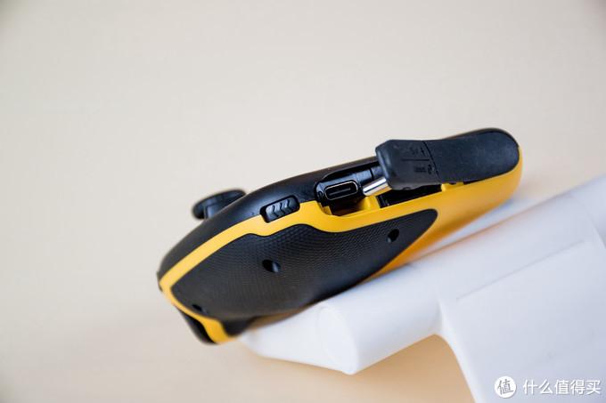 9大升级3点不足-飞智 黄蜂2 单手手柄 背键版 使用对比评测