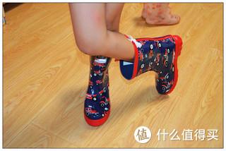 像佩奇一样去踩水吧---Hatley A13-RB0DINO100 儿童雨鞋简评