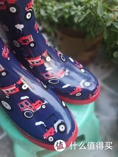 绚烂童年有你相伴---详细对比Hatley儿童雨鞋