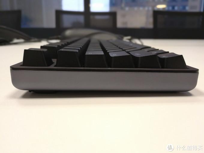 以樱桃之名为悦米机械键盘正名,来自悦米机械键盘cherry版的(轻众测)