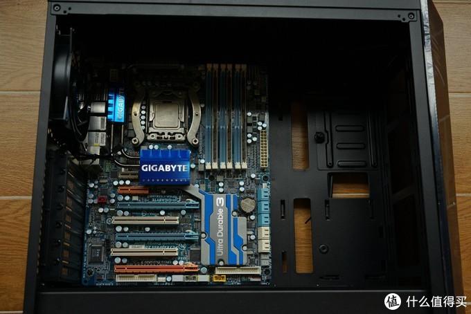入门级RGB适用机箱——酷冷至尊 MasterBox Lite5