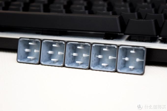自成一派,一个开端  罗技G413 开箱与体验