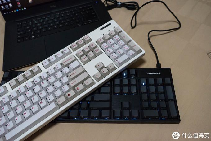 要克制住自己才能玩的客制化键盘——Varmilo Cherry黑轴104键键盘众测