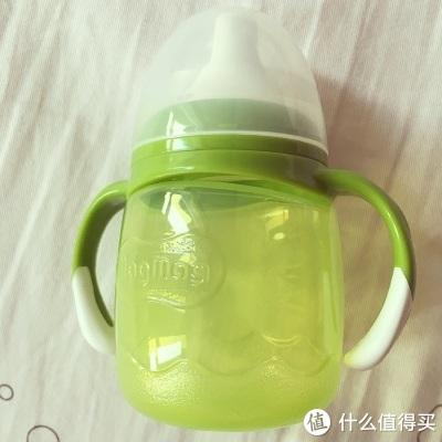 贝亲、Nuby、新安怡,哪款杯子更适合宝宝喝水?