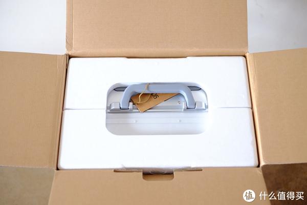 1999元的铝箱值不值得买?Mi 小米 90分 智能金属旅行箱