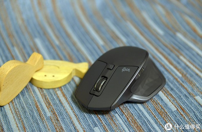 又大又贵却备受瞩目——罗技MX Master 2S无线鼠标评测