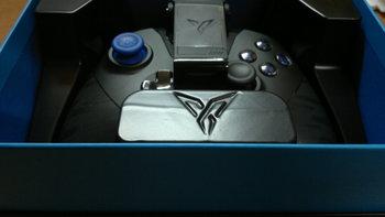 一个功能强大的手柄——飞智黑武士X8 PRO 游戏手柄评测