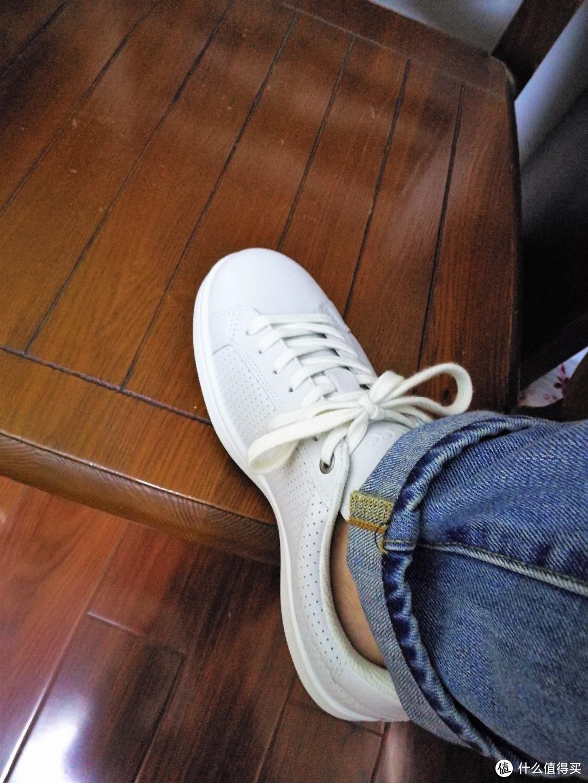 低调舒适的小白鞋:ECCO 爱步 kallum  卡林休闲板鞋