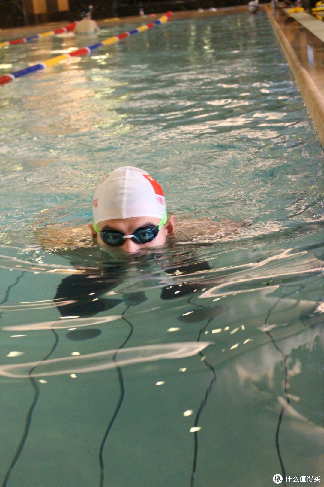 高性价比竞速泳镜:Decathlon 迪卡侬 B-Fast 泳镜 使用体验