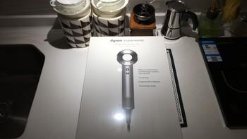 戴森 Supersonic HD01 吹风机外观展示(风嘴|开关|LED|吹风头)