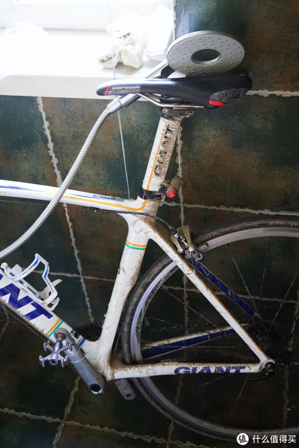自行车通勤指南 篇四:春天来了,落一冬天灰的爱车该拿出来骑了!教你在家轻松保养自行车