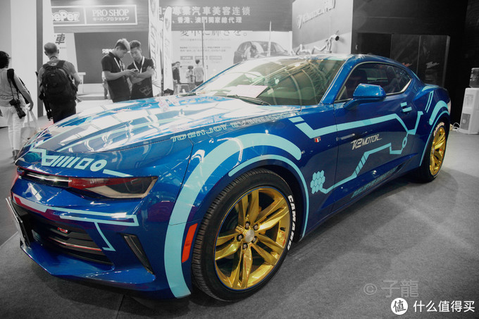 2017上海CAS改装车展的野兽和美女