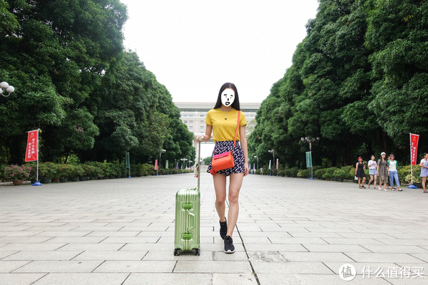 严选全铝镁合金行李箱(真人兽)