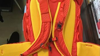 火柴棍 LIM SUSA40 背包外观展示(肩带|顶包|防雨罩|储水仓|束紧带)