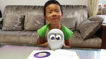 小朋友的国庆礼物,看看到底值不值--Luka卢卡绘本阅读机器人深度体验