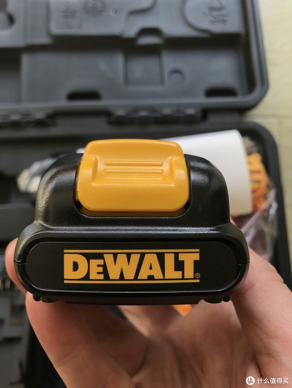 没事买个钻,家庭必备---DEWALT 得伟 DCD701C1 10.8V 锂电起子