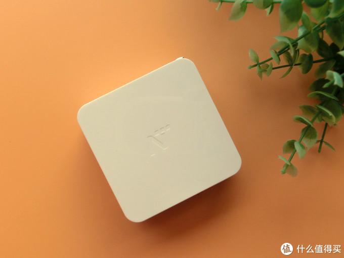 网易PD+QC双协议快充适配器拯救你的凌乱桌面
