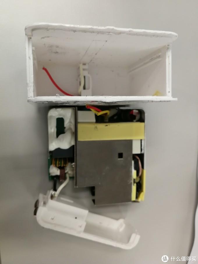 众测首中,【轻众测】网易智造USB-C电源适配器(65W),微测试+一不小心拆解报告