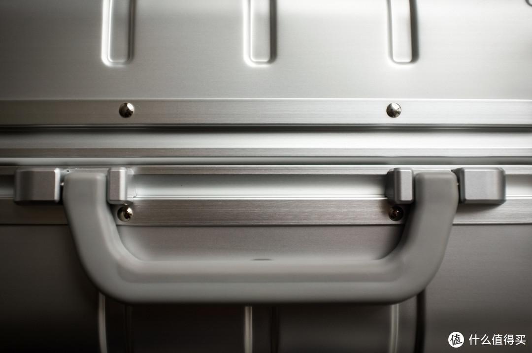 【众测报告】天上掉下个行李箱------90分金属登机箱米家定制版评测
