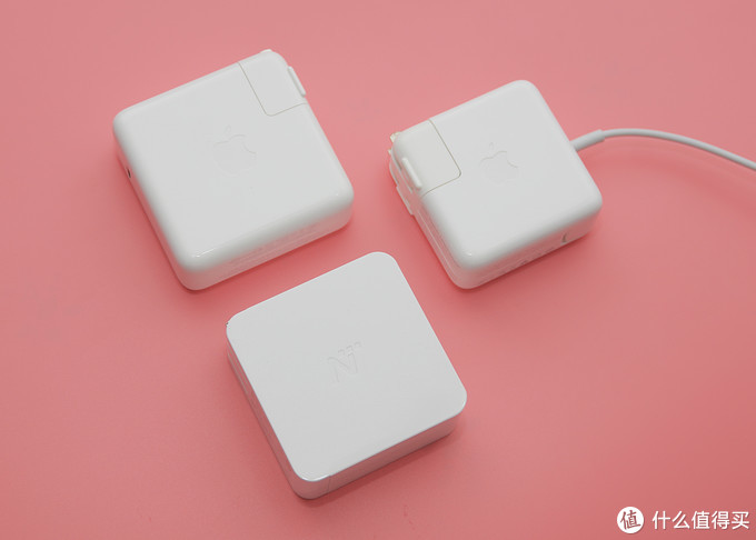 MacBook Pro和iPhone 8的办公室伴侣——网易智造USB-C电源适配器到底贵不贵?
