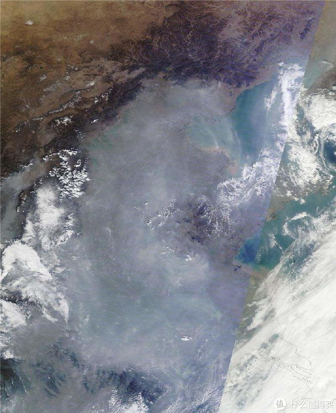 NASA拍摄的中国冬季卫星照片