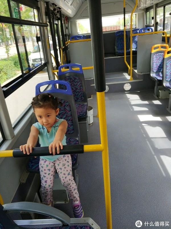 1块钱环城专车(公交车)