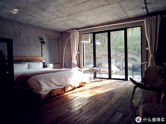 翠域·山谷度假别墅:享受一次现代风格的山居生活