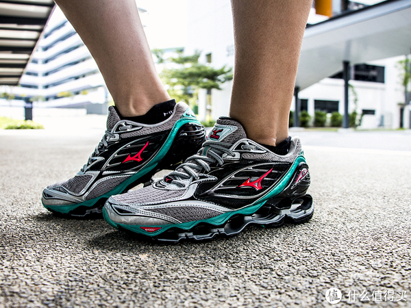 双11当天,哪些跑鞋值得买?
