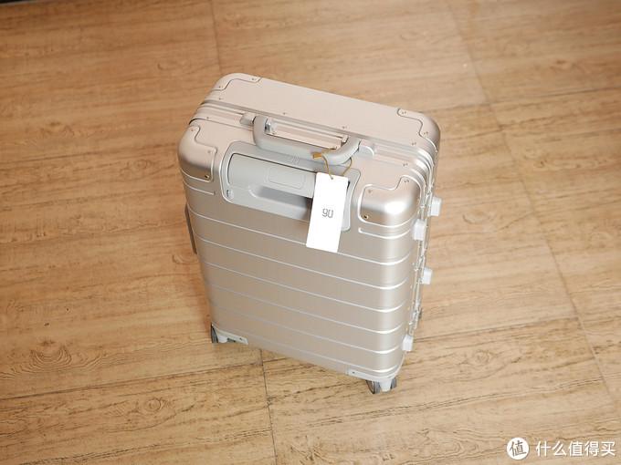 超高颜值金属质感让人小爱,米家定制版 90分金属登机箱众测报告