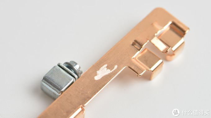 #晒单大赛#价格贵就是好?SIMON 西蒙 55 56C系列 & ABB 轩致 永致系列 4款五孔插座 拆解对比
