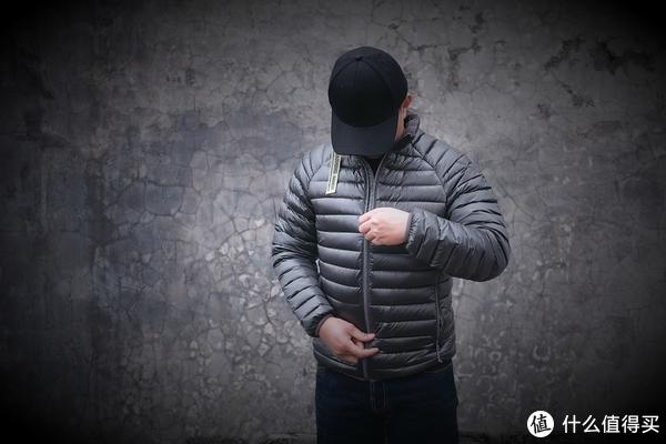 #晒单大赛#不爱初冬万瓦霜,只爱经典造:MI 小米 90分制造 一体织轻薄羽绒服