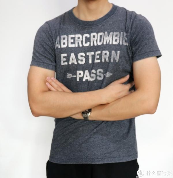 #晒单大赛#反季囤货Abercrombie & FitchT恤,修身出街好搭档,附真人尺码上身效果实拍
