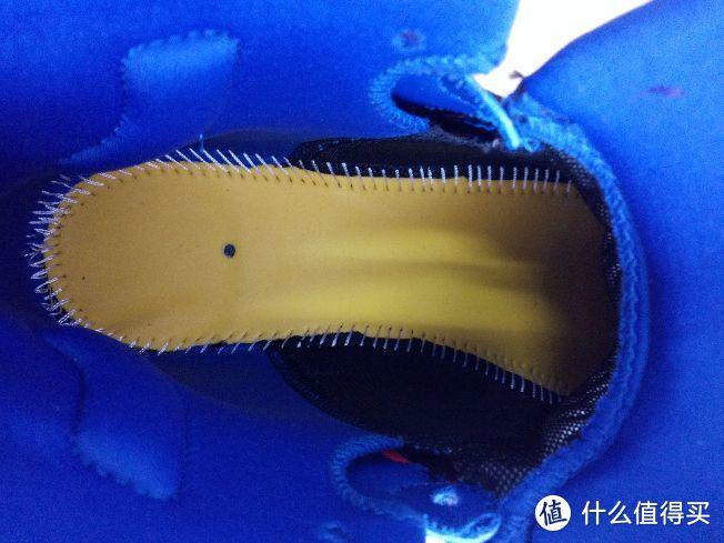 #晒单大赛#也许是最具性价比的NBA当红全明星球员签名战靴!克莱汤普森三代—ANTA 安踏 KT3 篮球鞋 晒单