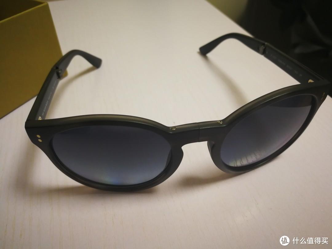 #晒单大赛#EBAY购入两副墨镜晒单啦:BURBERRY 猫眼太阳镜&Calvin Klein Collection 飞行员太阳镜