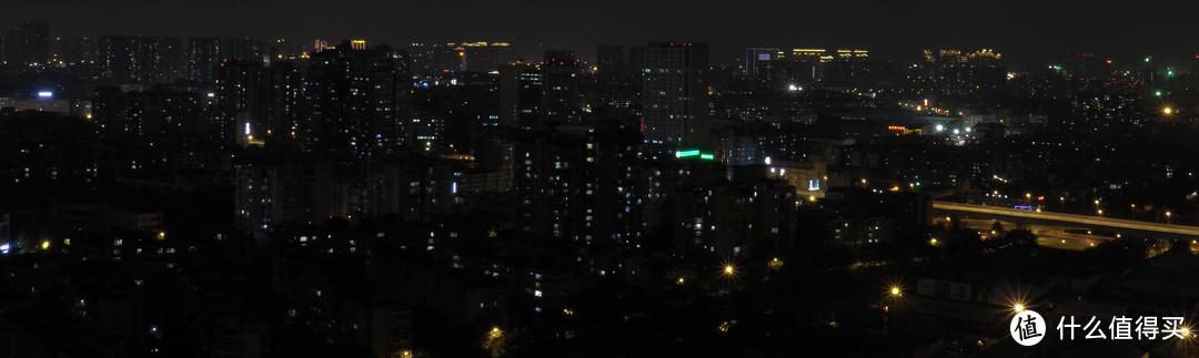 成都夜景(市中心方向) F8 1秒 ISO400 有裁切