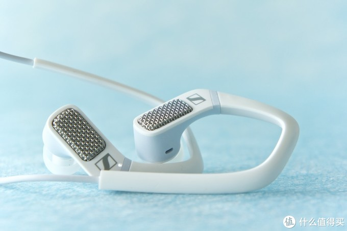 耳朵上的革命!森海塞尔AMBEO让你感受真实的3D全景声