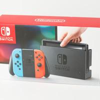 任天堂 Switch NS 便携掌上游戏机外观展示(手柄|屏幕|底座|数据线|充电器)