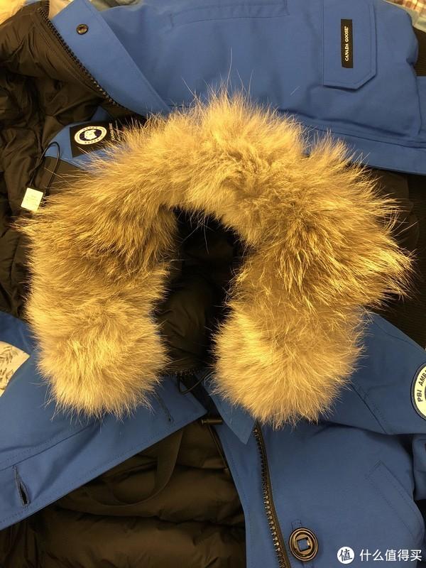 #晒单大赛#纳税6K+告别海淘代购 入手情侣套装Canada Goose 加拿大鹅 Chilliwack Bomber 飞行员羽绒服