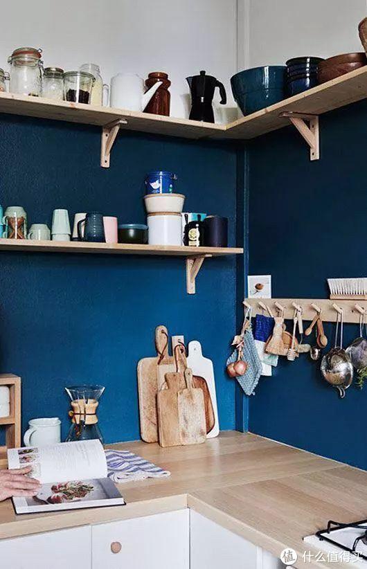 为什么厨房卫生间一定要贴瓷砖?有一种东西叫厨卫漆,效果惊艳