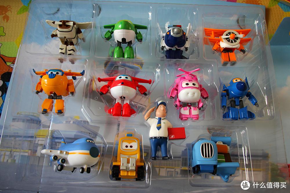 #晒单大赛#宝贝的玩具:超级飞侠 家庭大团圆套装+小铁