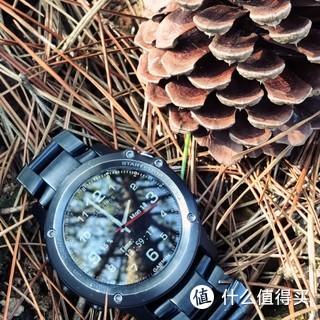16年3月入手的蓝宝石版的飞3马上两岁啦[害羞],15小时撸完226km的ironman还有17%的电量,平时运动量少的时候10天充一次电,后配的dlc钛表带更适合日常佩戴,准备飞3再战两年[欢呼]