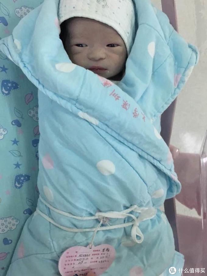 刚出生的宝宝真的都好丑啊!