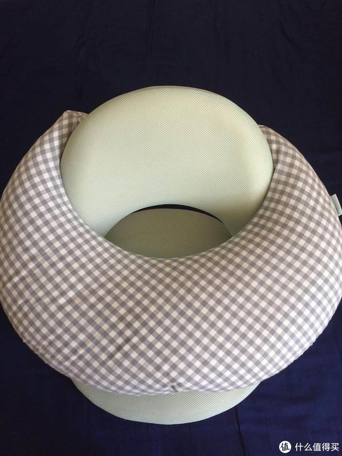 生产后的腰酸全靠这个凳子缓解,哺乳枕则可以解放双手!